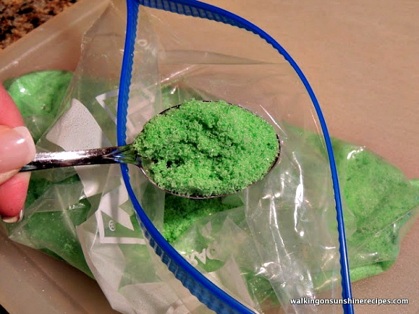 Homemade Green Colored Sugar from Walking on Sunshine Recipes