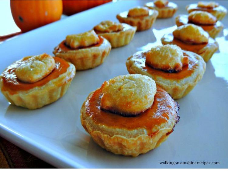 Mini Pumpkin Pie Treats with Pie Crust Leaf Shapes from Walking on sunshine Recipes