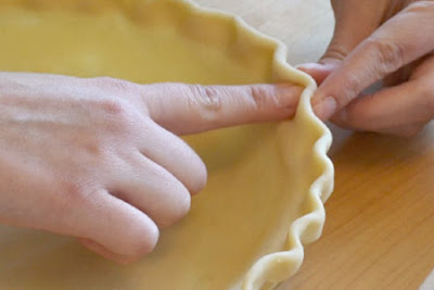Crimping pie crust from Walking on Sunshine Recipes