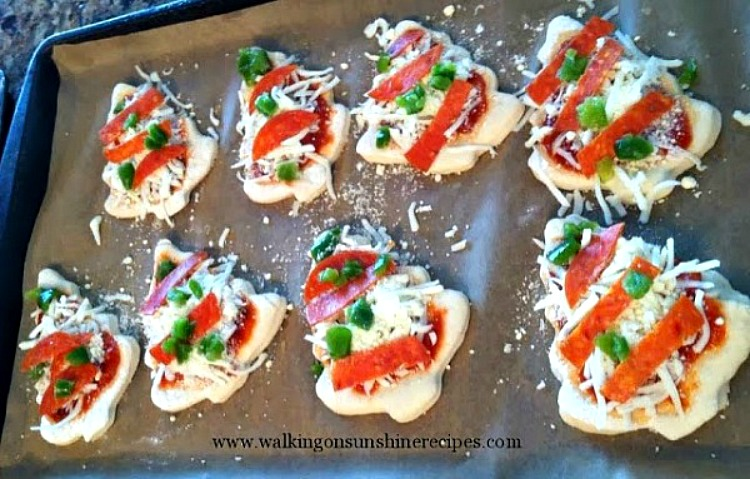 Mini Pizza Appetizers before baking.