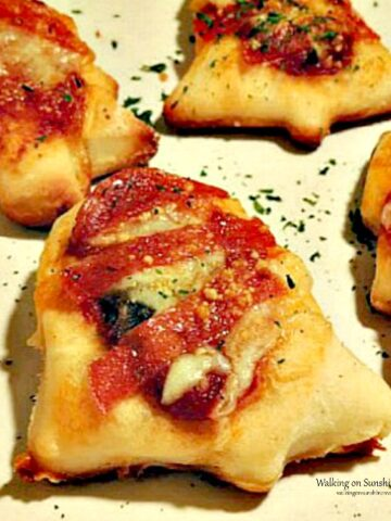 Mini Bell Shaped Pizza Appetizers