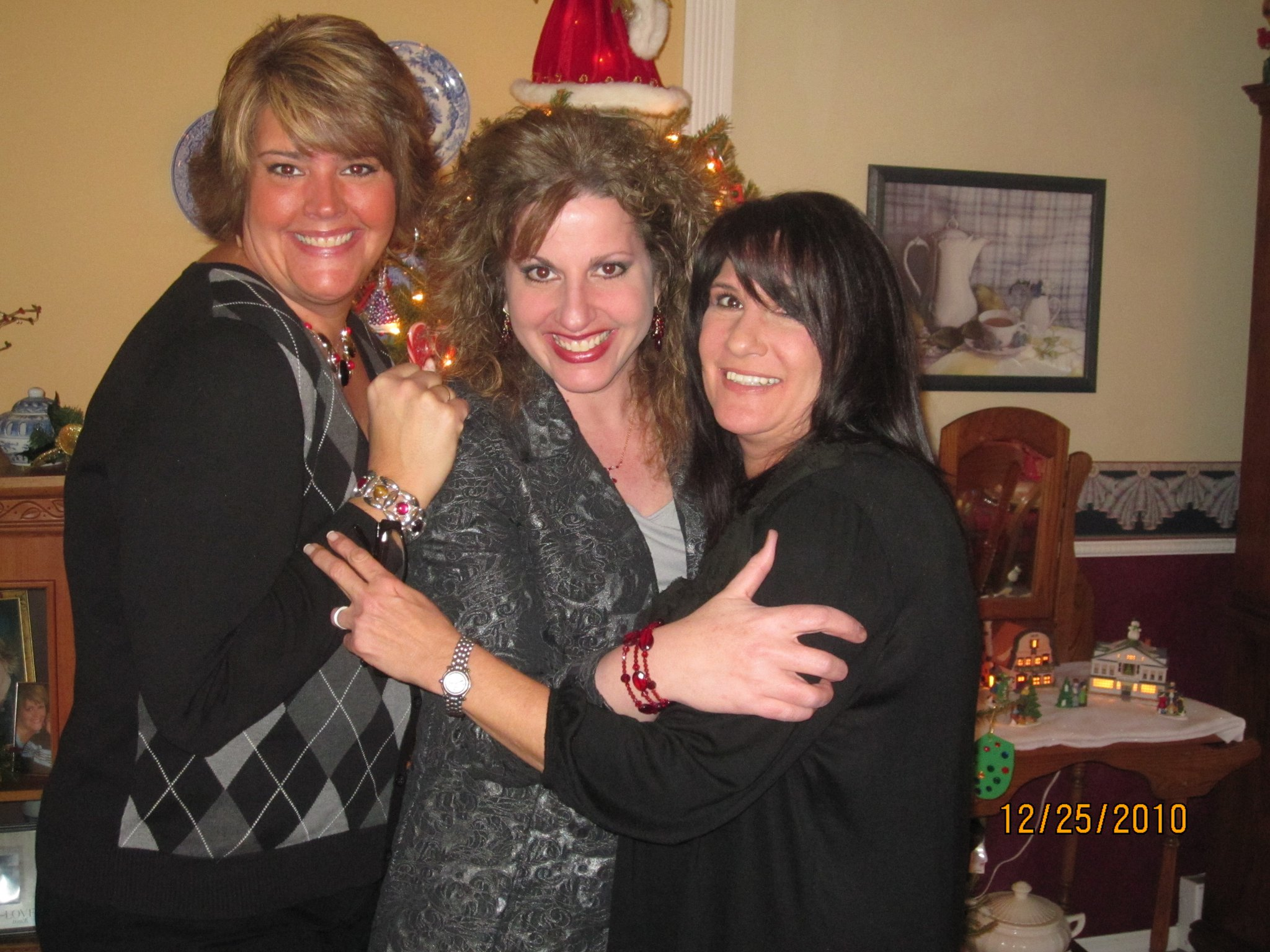 The three Behr girls Christmas 2010