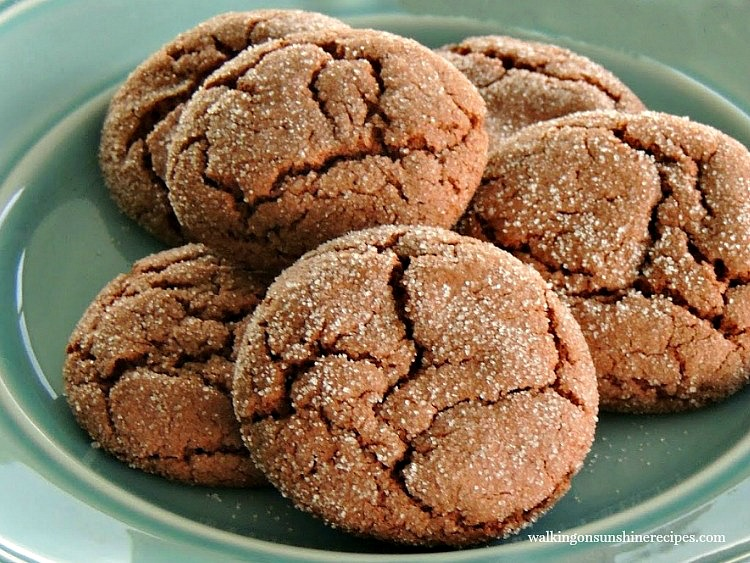 Chocolate Sugar Crinkle Cookies are so incredibly easy to make and from a cake mix! They'll become your favorite go-to cookie for bake sales and school events from Walking on Sunshine Recipes.
