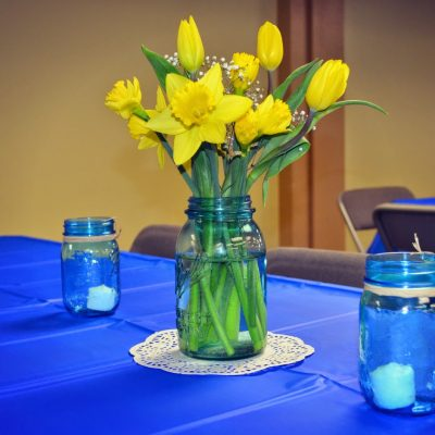 Decorating for A Spring Ball Jar Bridal Shower