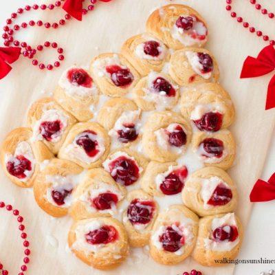 Christmas Tree Cream Cheese Danish – Easy Last Minute Breakfast Recipe