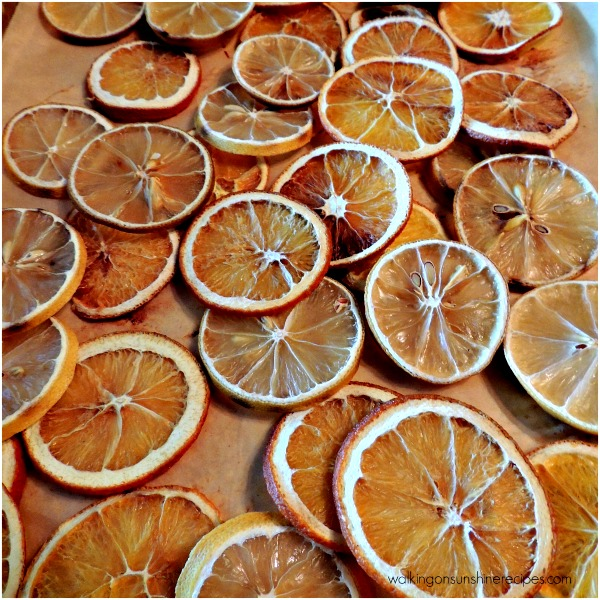 Dried oranges and lemons are perfect for simmering potpourri gifts or hang them on a small Christmas tree in the kitchen. You can even fill a bowl with these dried fruits and leave on the kitchen counter. They smell amazing.
