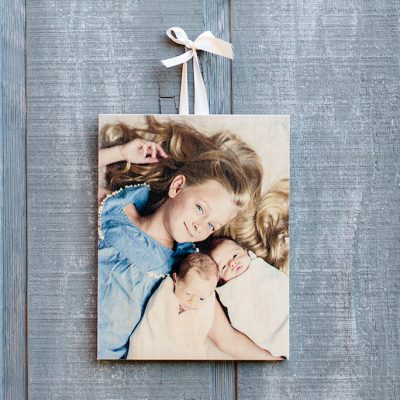 Great Gift Idea with this FREE 5X7 Wooden Photo Board