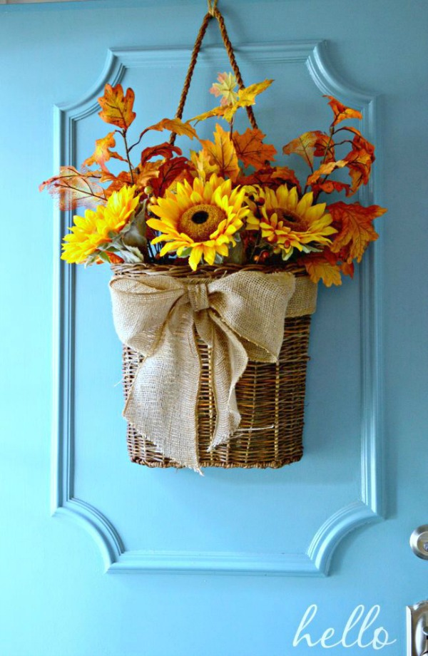 Fall Front Door Basket from Chatfield Court