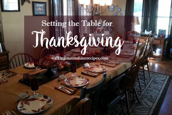 Thanksgiving Table Decor:  How to Set a Pretty Table from Walking on Sunshine