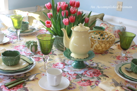 Spring Tulip and Cabbage Table