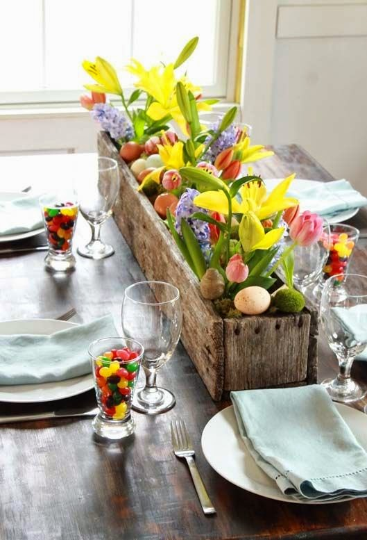 Inspiration for Easter Tablescapes & Easter Table Settings and Decorating Ideas | Home Decor