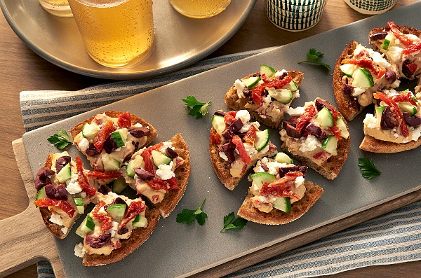Bay's English Muffins Mini Pizzas