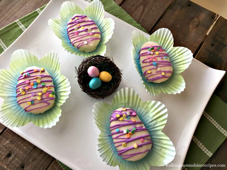 How to Make Adorable Mini Easter Egg Cakes from Walking on Sunshine