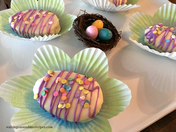 Recipe How to Make Adorable Mini Easter Egg Cakes Walking On