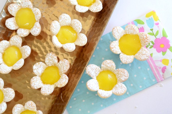 Mini Lemon Flower Tarts from Kid and Kin Blog