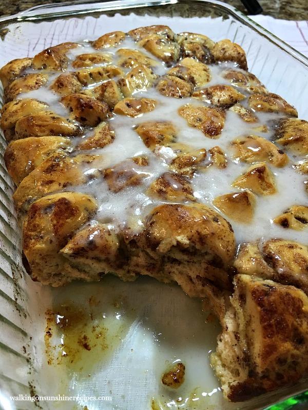 Cinnamon Roll Breakfast Casserole | Walking on Sunshine Blog