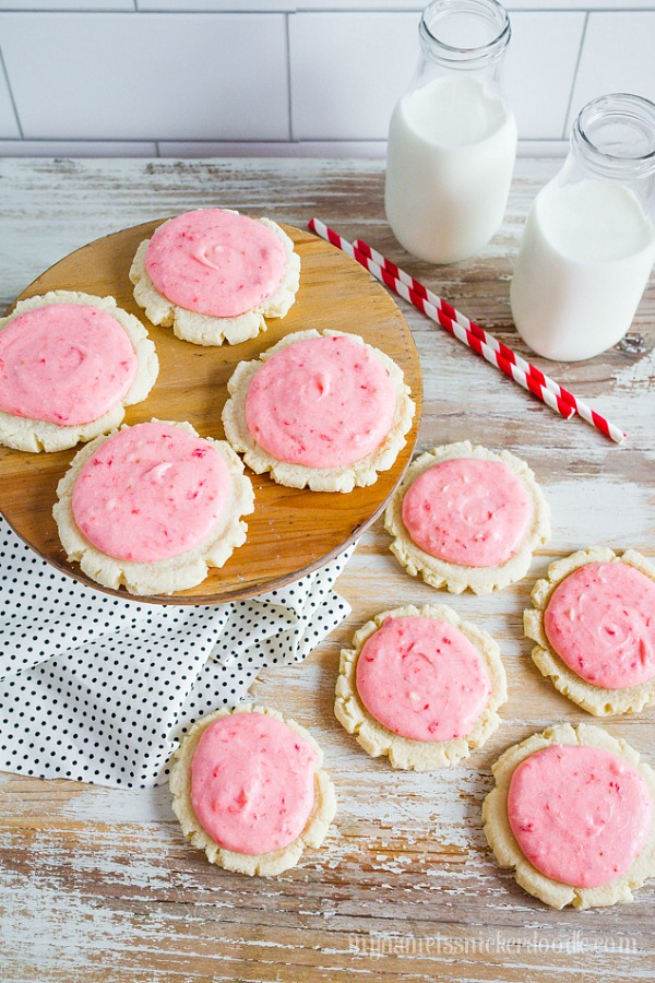 Strawberry and Cream Sugar Cookies from Lolly Jane