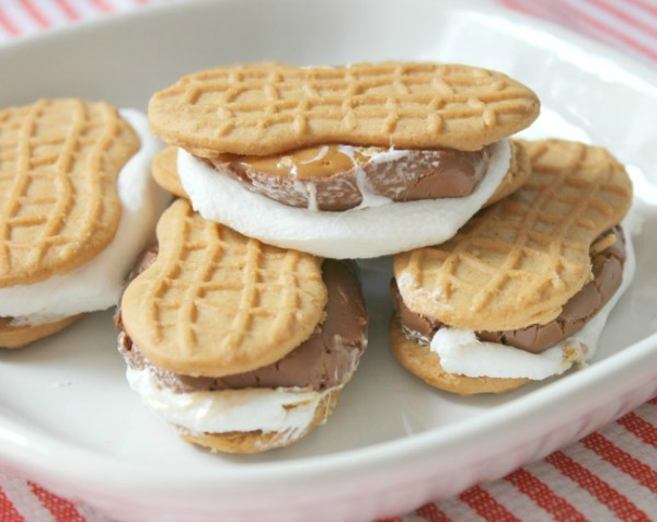 Nutter Butter Smores from Crafts a la Mode