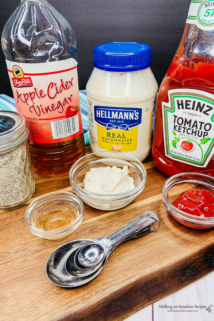 Ingredients for fry sauce.