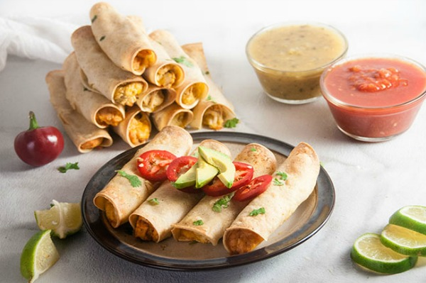Easy Chicken Taquitos from Seasoned Sprinkles