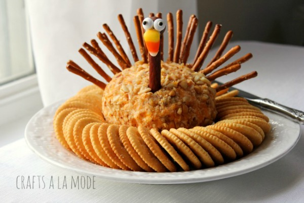 Thanksgiving Turkey Cheese Ball from Crafts a la Mode