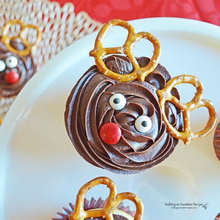 Reindeer Cupcakes featured photo