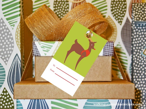 Rudolph Christmas Tag FREE Printable from Walking on Sunshine Recipes