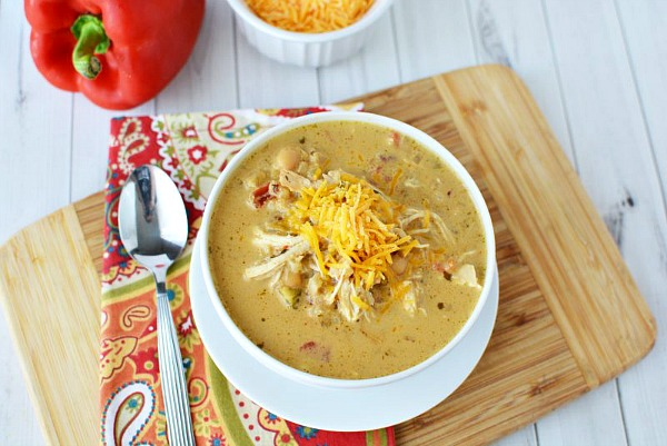 Creamy Verde Chicken Chili Recipe from This Mama Loves