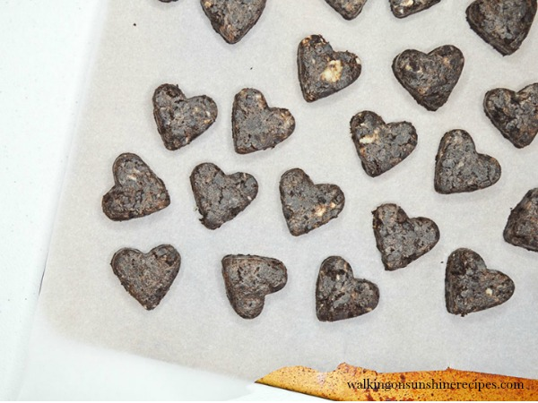 Heart Shaped Oreo Truffles | Valentine's Day Dessert Recipes
