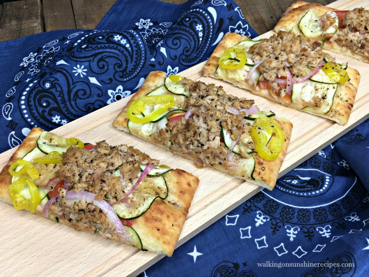 Flatbread Pizza with Tuna, Tomatoes, Zucchini and Red Onion