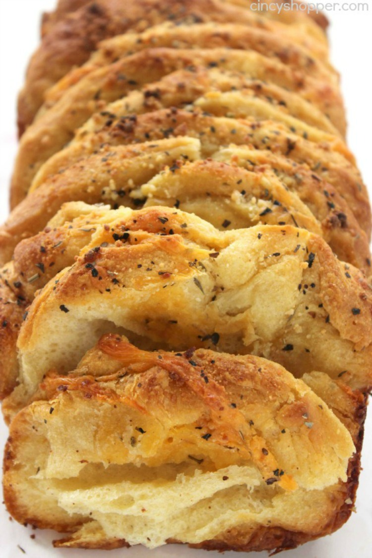 Garlic and Herb Pull Apart Bread from Cincy Shopper