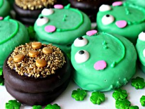 Party:  St. Patrick's Day Rainbow and Green Treats