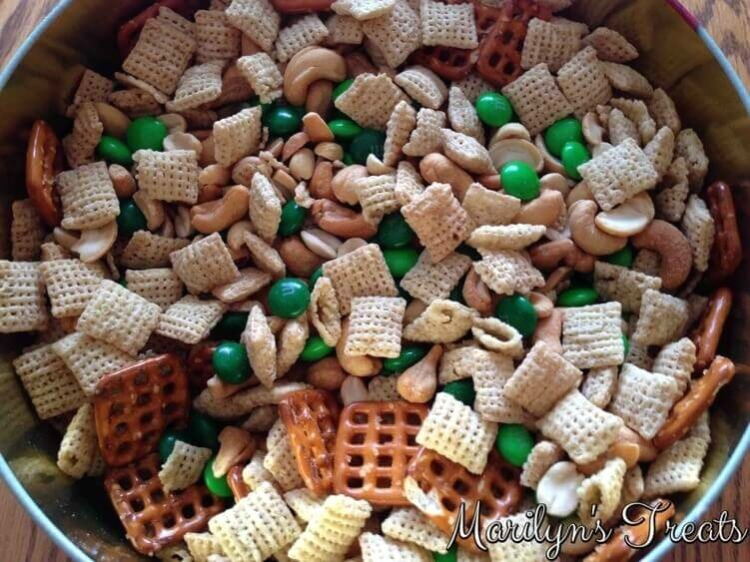 Lil Leprechaun Snack Mix from Marilyn's Treats