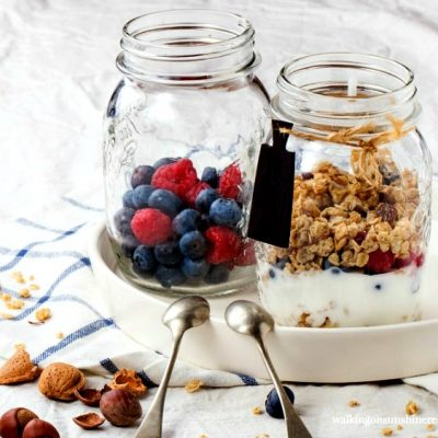 Recipe:  Breakfast Parfaits with Fruit, Yogurt and Granola