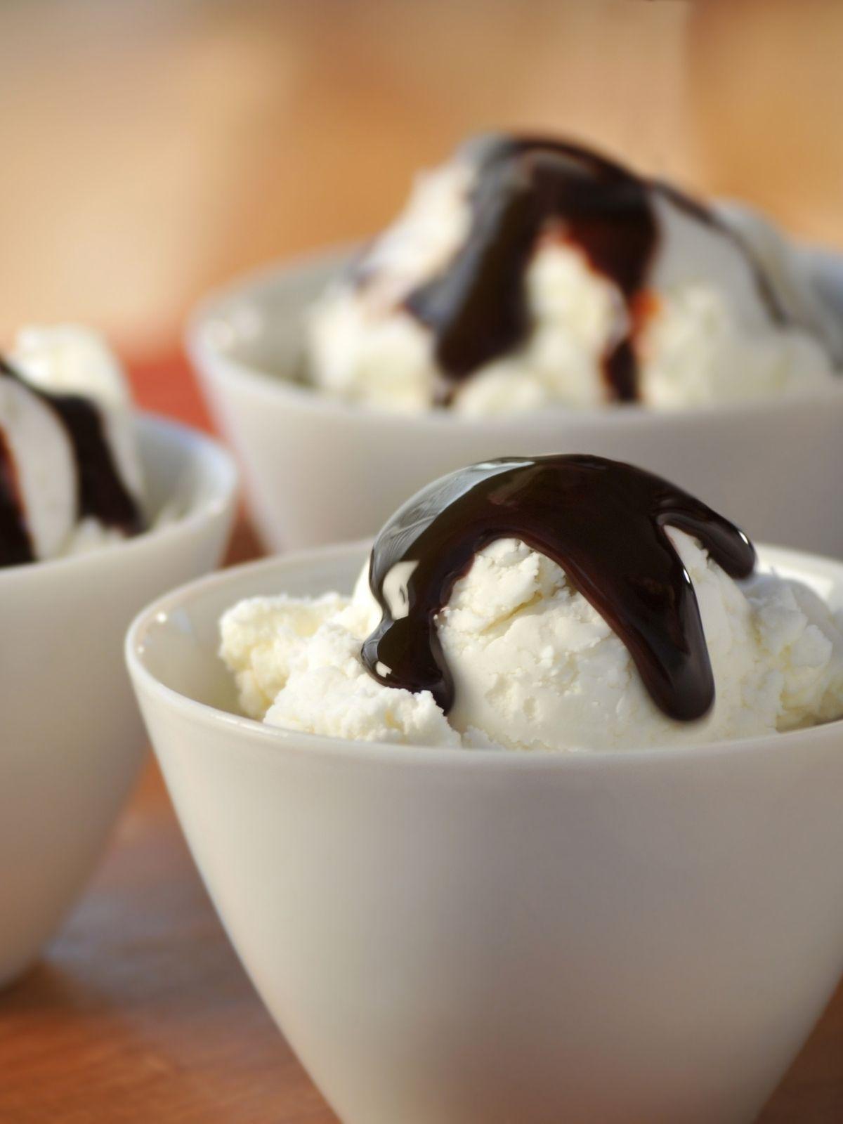 Vanilla Ice Cream with Fudge Recipe