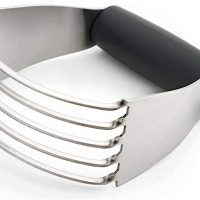 Pastry Cutter with Heavy Duty Stainless Steel Blades
