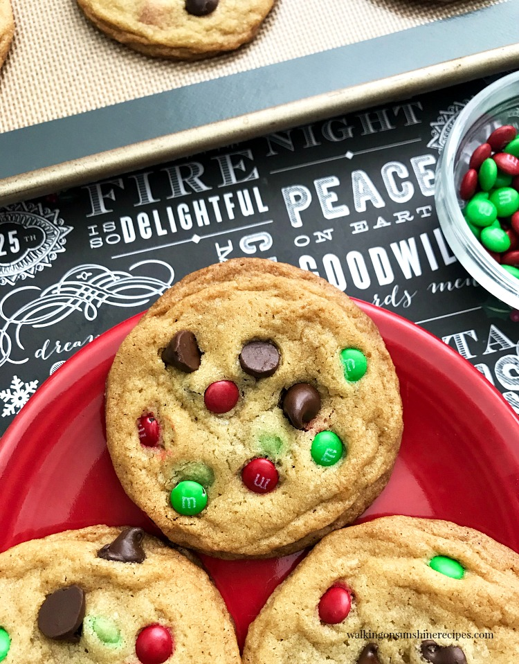 M&M Chocolate Chip Cookies are soft with crispy edges and full of flavor and will make the perfect homemade cookie gift for the holidays.