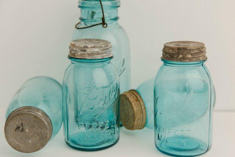 My Favorite Mason Jar Kitchen Accessories