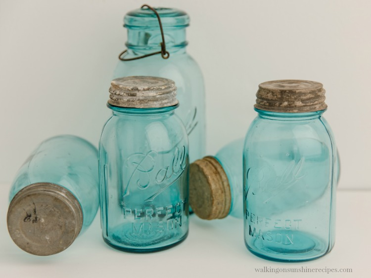 Mason Jar Kitchen Accessories Giveaway today as we wrap up our 12 Days of Christmas Celebration!