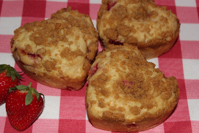 Strawberry Cheesecake Heart Muffins from Living on Cloud Nine
