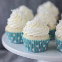 Best Ever Coconut Cream Pie Cupcakes