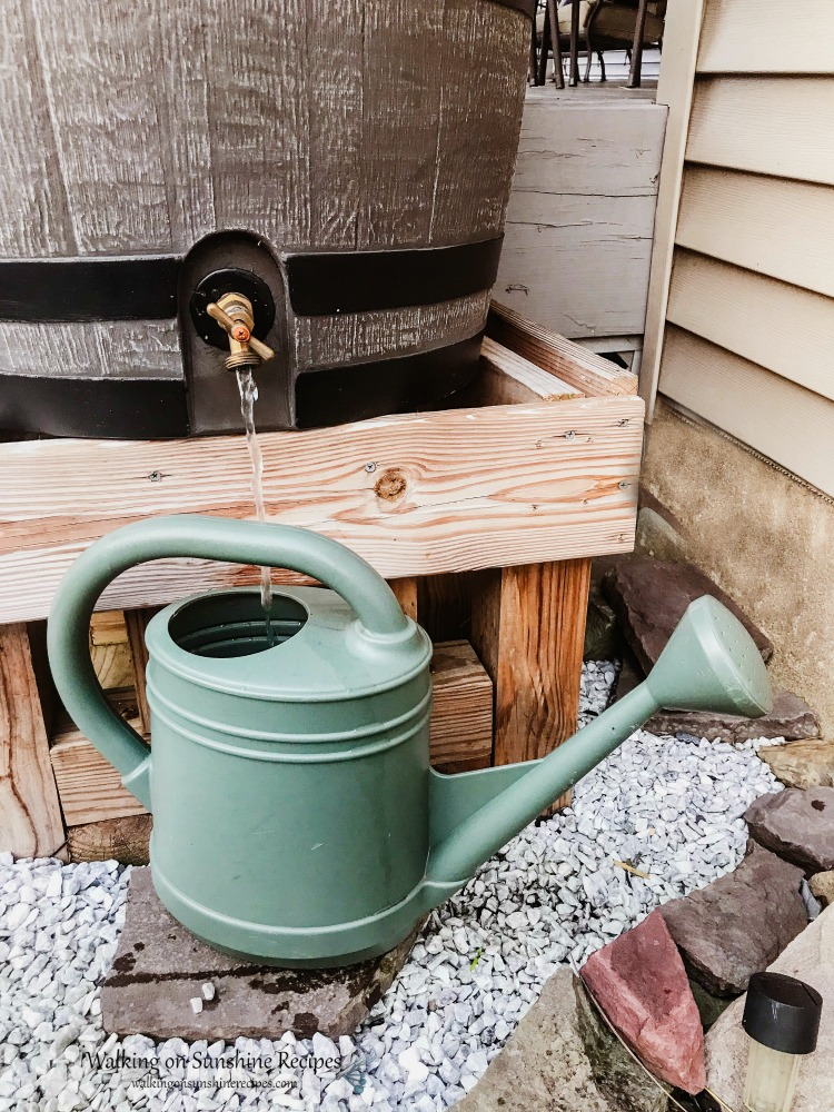 Rain Barrel with Watering Can