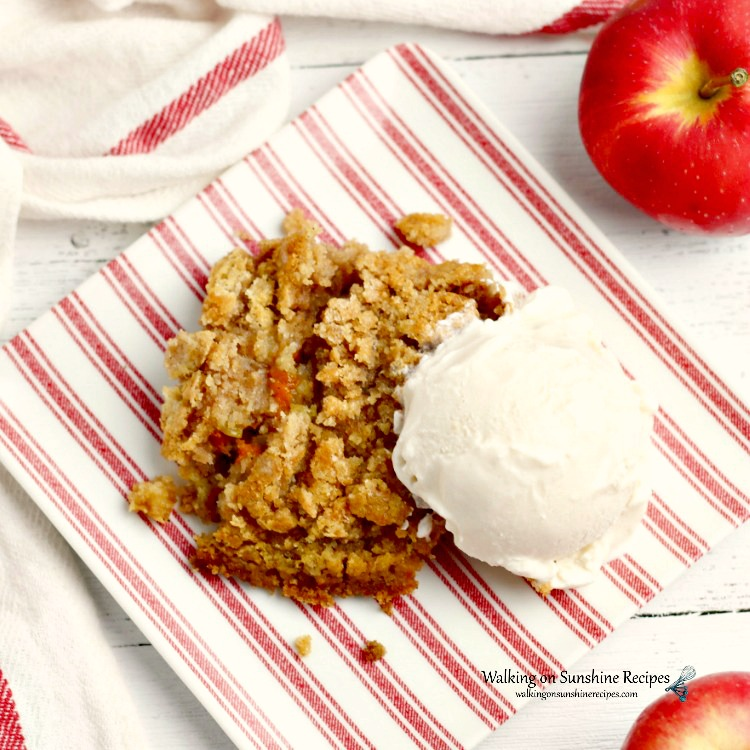 Pumpkin Apple Dump Cake has all the best fall flavors combined into one amazing dessert.