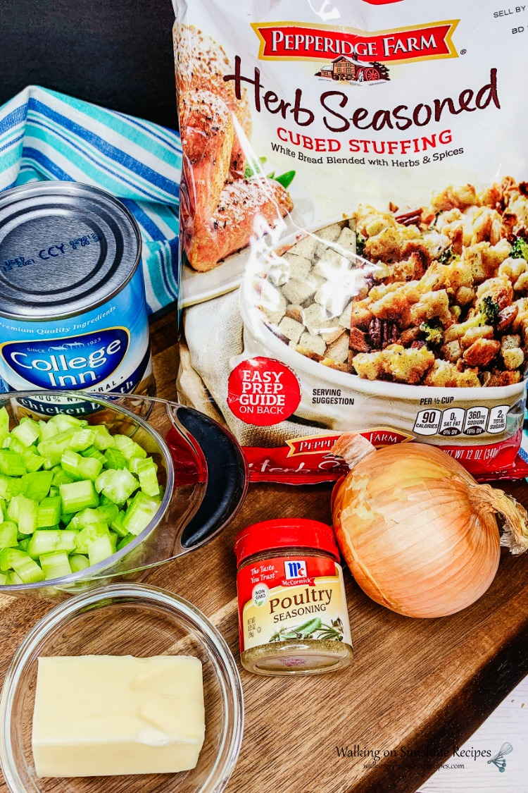 Classic Thanksgiving Stuffing ingredients
