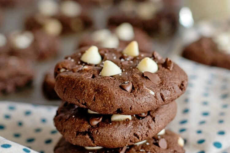 Double Chocolate Chip Cookies FEATURED photo