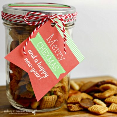 Christmas Chex Mix in a Jar – Last Minute Gift Idea