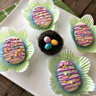 How to Make Adorable Mini Easter Egg Cakes