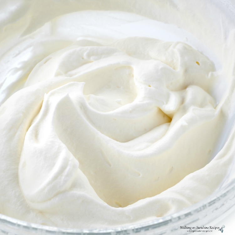 Cool Whipped Topping in bowl