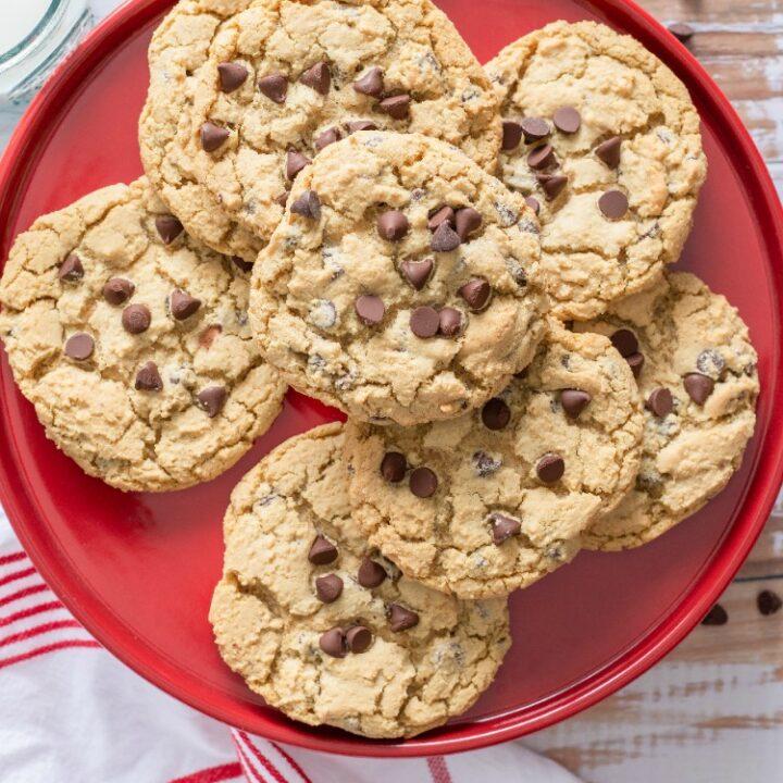 Jumbo Chewy Chocolate Chip Cookies