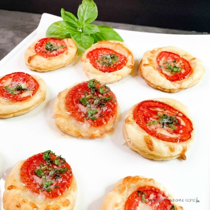 Tomato Tarts Puff Pastry Appetizer
